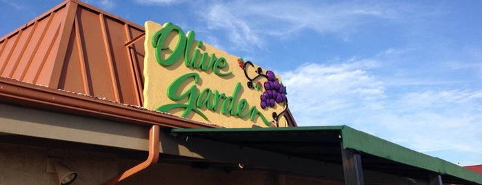 The 11 best places for chicken alfredo in oklahoma city for Olive garden italian restaurant oklahoma city ok