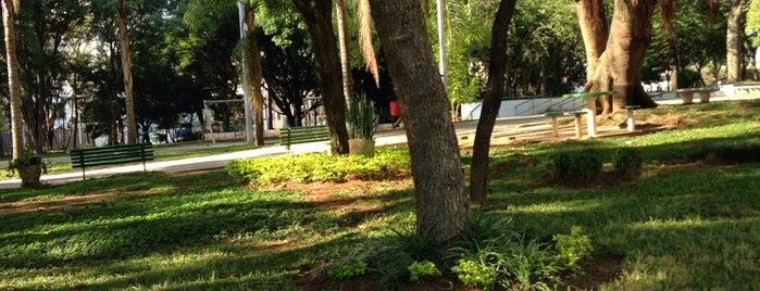 Praça Visconde de Sousa Fontes is one of Mooca.