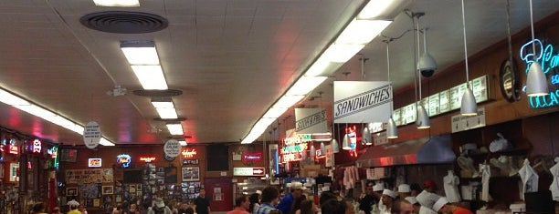 Katz's Delicatessen is one of Manhattan Essentials.