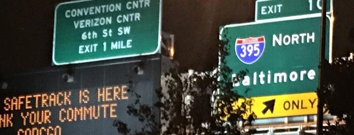 I-395 (Southwest Freeway) is one of Td.