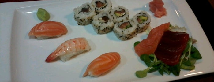 Sushi Lovers is one of Ruta michelín.