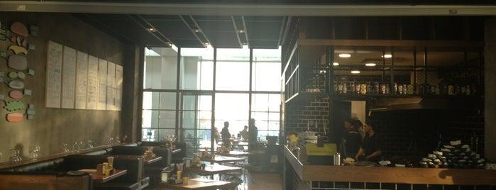 Burger House is one of Yemede yanında yat....