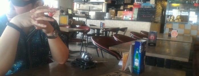 Hot Station Bukit Bintang is one of Cafe @Jakarta.