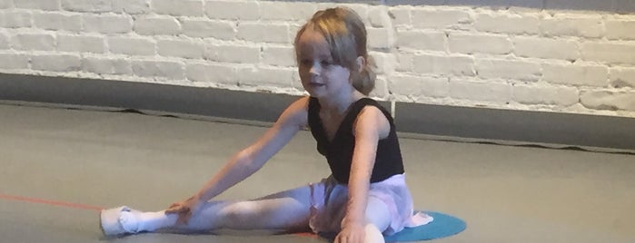 Cobble Hill Ballet is one of Dance.