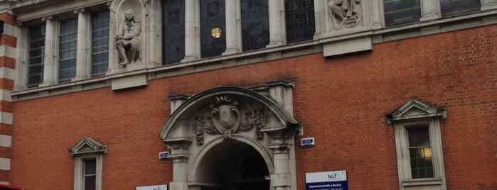 Hammersmith Library is one of London.