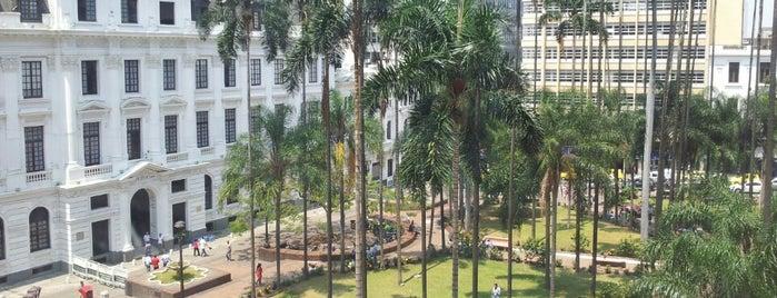 Plaza de Caicedo is one of Lista jhoncito.