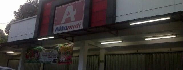 Alfamidi Cipayung Raya is one of Citayam Market N Grocery.