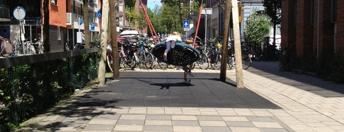 Speelpleintje Hemonystraat is one of Kids Guide. Amsterdam with children 100 spots.