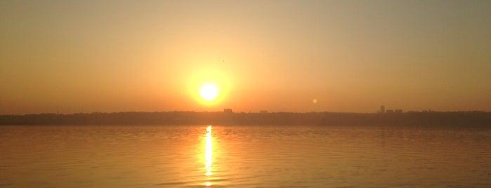 Küçükçekmece Gölü is one of Seçkin Mekanlar.