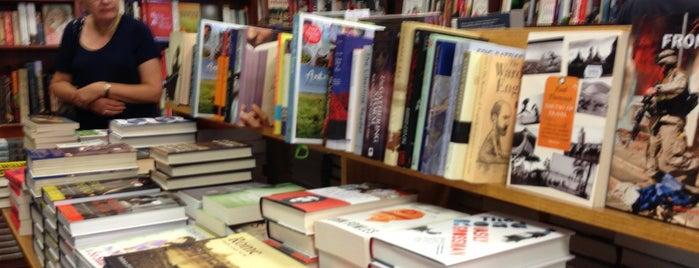 Readings is one of Love In Dear Melbourne.