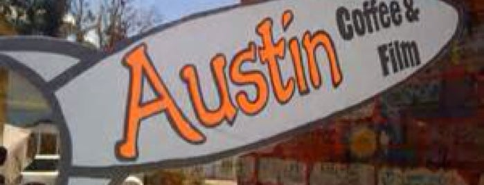 Austins Coffee is one of As Seen on Quiero Mi Boda Season 5.