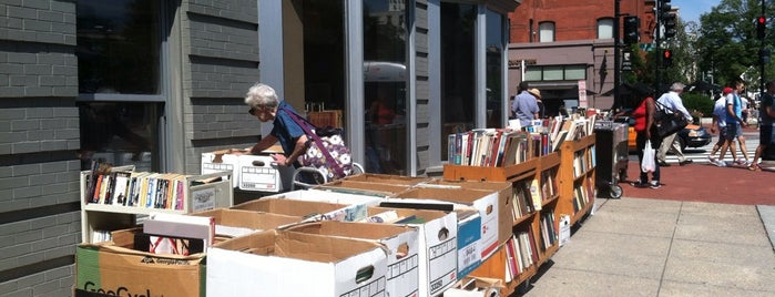 Second Story Books is one of DC To Do - Activities.
