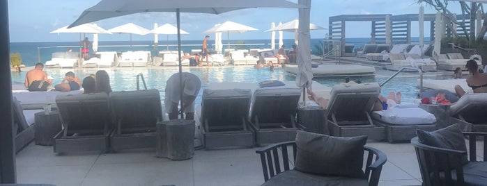 1 Hotel South Beach is one of Miami ☀️🌊🚤.