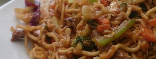 """Noodles & Go is one of """"Restaurantes"""" para probar o repetir."""