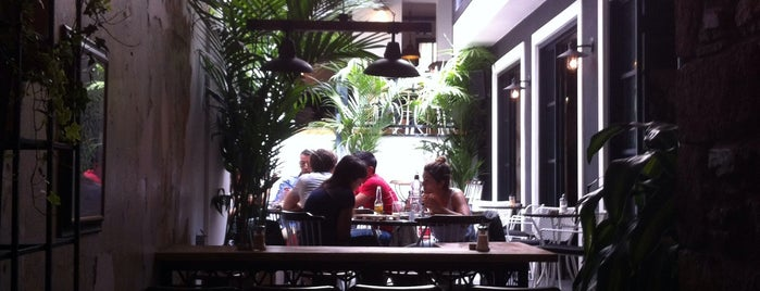 The Clumsies is one of Travel Guide to Athens.