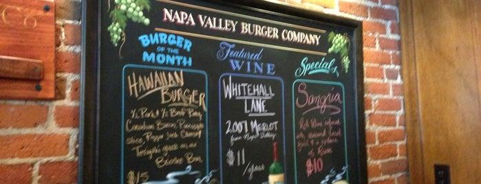 Napa Valley Burger is one of Restaurantes que Recomiendo.