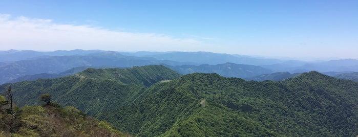 筒上山 is one of 四国の山.