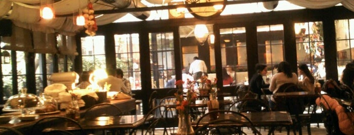 Café des Cafés is one of Ankara / Karma Öneri.