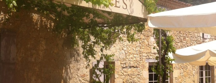 auberge de larressingle is one of Les chemins de Compostelle.