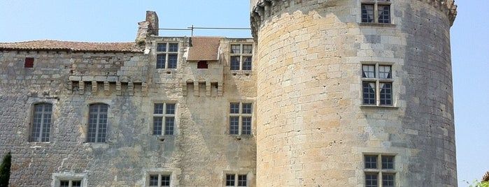 Chateau De flamarens is one of Les chemins de Compostelle.