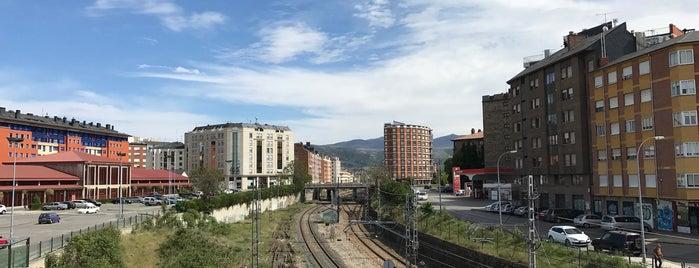 Ponferrada is one of Camino de Santiago.