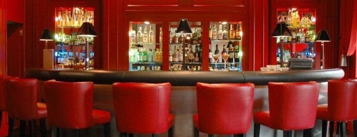 Mirror Bar - Swissôtel Métropole is one of Genève City Guide.