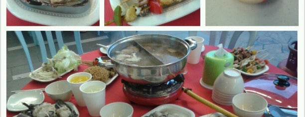 Tasty Pot BBQ Steamboat Buffet Restaurant is one of Eat❷.