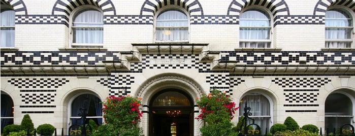 Grange Langham Court Hotel is one of Hoteles en que he estado.