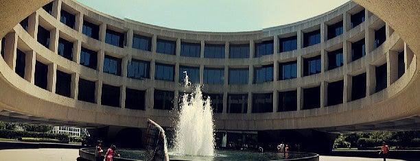 Hirshhorn Museum and Sculpture Garden is one of Dc.