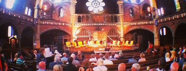 Union Chapel is one of Live Venues.