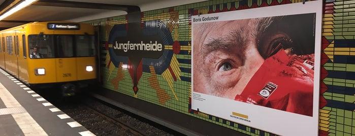 U Jungfernheide is one of Besuchte Berliner Bahnhöfe.