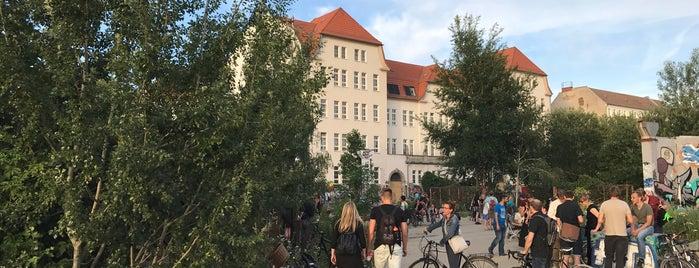 Nirgendwo is one of Berlin.