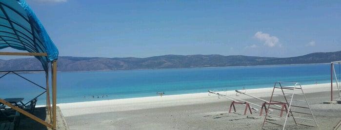 Salda Golu Orman Plaji is one of İzmir'de gidilecek yerler.