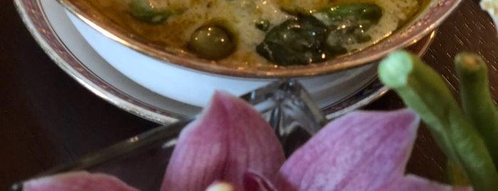 Benjarong is one of Dubai Food.