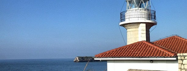 Faro de Suances is one of Faros.