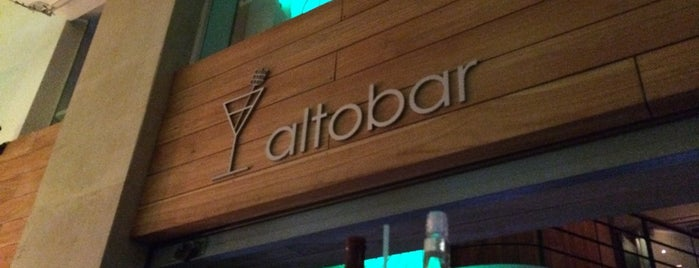 Altobar is one of Caracas Nightlife.