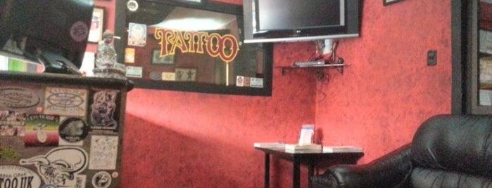 Ganesh Studio Tattoo & Piercing is one of Favoritos.