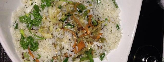 Yoko's china Grill & Sushi bar Pilar is one of Club Hope - Gastronomía.