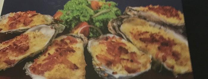 Yuzu Mar&Grill is one of Mazatlan.