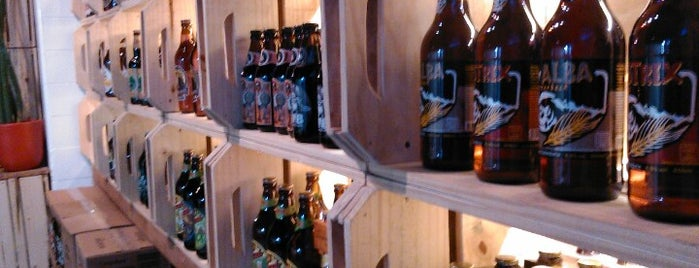 Velhas Virgens Rockin' Bar is one of Melhores de Santana e região.