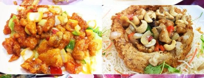 New Gaya Seafood Restaurant is one of @Sabah, Malaysia.
