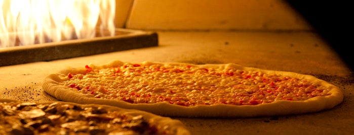 Amici's East Coast Pizzeria is one of Foodies.