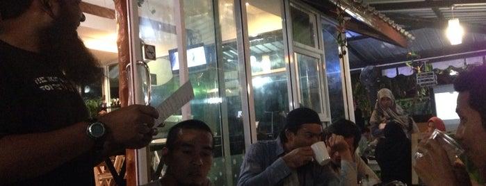 NadKan is one of ร้านอาหารมุสลิม.