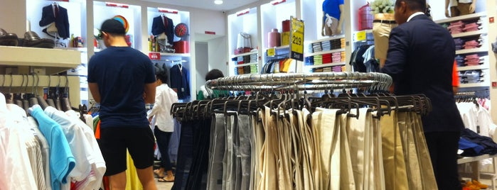 Sacoor Outlet is one of Sacoor Brothers.