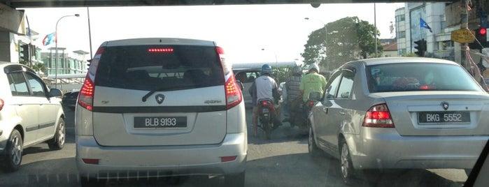 Klang Jaya - Bukit Tinggi Traffic Light is one of Highway & Common Road.