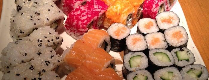 Apinya Thai & Sushi Restaurant is one of Ankara.