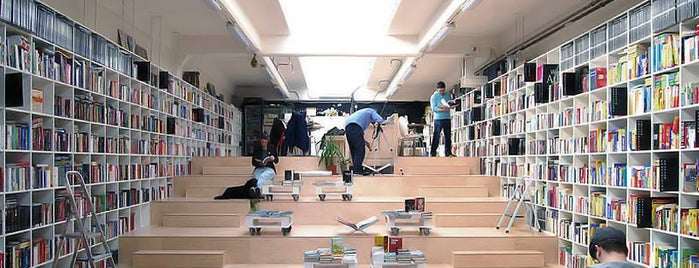 Plural Bookshop is one of To Shop (Books).