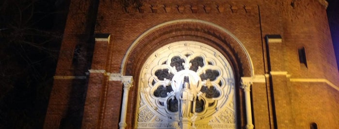 Jézus Szíve Templom is one of Bestof nyolcker.