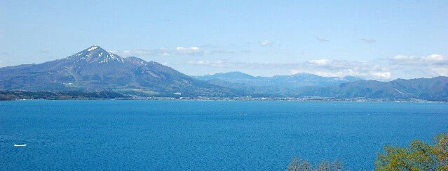 Lake Inawashiro is one of 外遊びするなら.