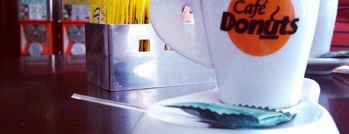 Café Donuts is one of Feitos, realizados, experimentados, done.
